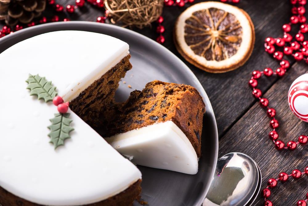 Mẫu bánh kem Giáng Sinh đẹp nhất 2020 mà tín đồ mê làm bánh không nên bỏ lỡ!
