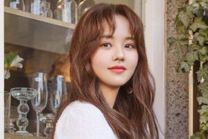 """""""Diễn viên nhí"""" Kim Soo Hyun thông báo rời công ty quản lý"""