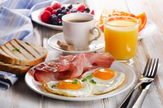 Tầm quan trọng của việc ăn sáng đối với sức khỏe và sắc vóc phái đẹp