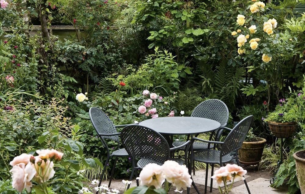 Cottage Garden xu hướng làm vườn tại gia được yêu thích nhất trong năm