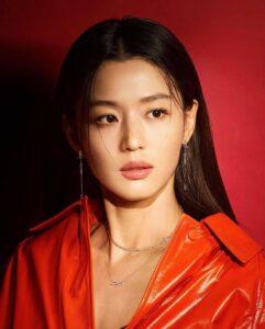 Jeon Ji Hyun phủ nhận tin đồn ly hôn