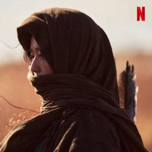 Giữa tin đồn ly hôn, Jeon Ji Hyun xuất hiện bí ẩn trong teaser Kingdom của Netflix.