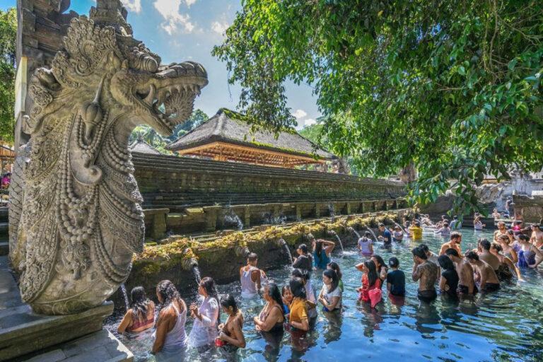 Bali không chỉ là hành trình khám phá thiên nhiên mà còn là điểm đến chữa lành tâm hồn du khách phương xa