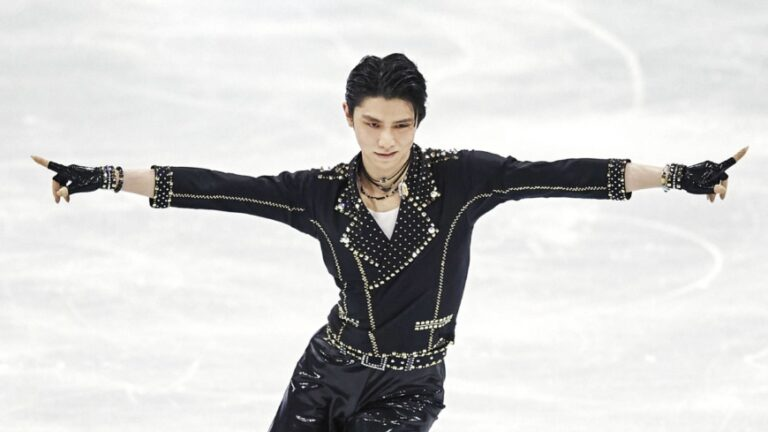 Yuzuru Hanyu - Từ chàng trai yếu ốm vì bệnh hen suyễn trở thành Hoàng tử sân băng huyền thoại Nhật Bản