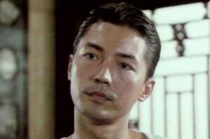 Huyền thoại nam thần châu Á Tôn Long: đằng sau ánh hào quang lại ẩn chứa một quá khứ đầy cơ hàn ít người biết đến.