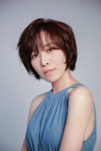 Hometown Cha-Cha-Cha: Shin Min Ah tận tâm chăm sóc tài tử Kim Won Bin điều trị ung thư, nam chính không ai khác là