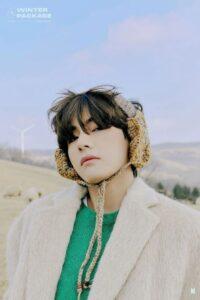 """V (BTS): Chàng trai nông thôn vươn mình trở thành biểu tượng thời trang """"tắc kè hoa"""" đẳng cấp thế giới"""