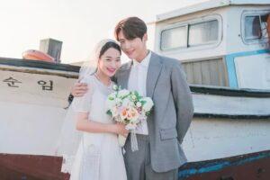 Tập cuối Hometown Cha-Cha-Cha - Đám cưới giản dị nhưng ngọt ngào của Shin Min Ah và Kim Seon Ho hài lòng người xem