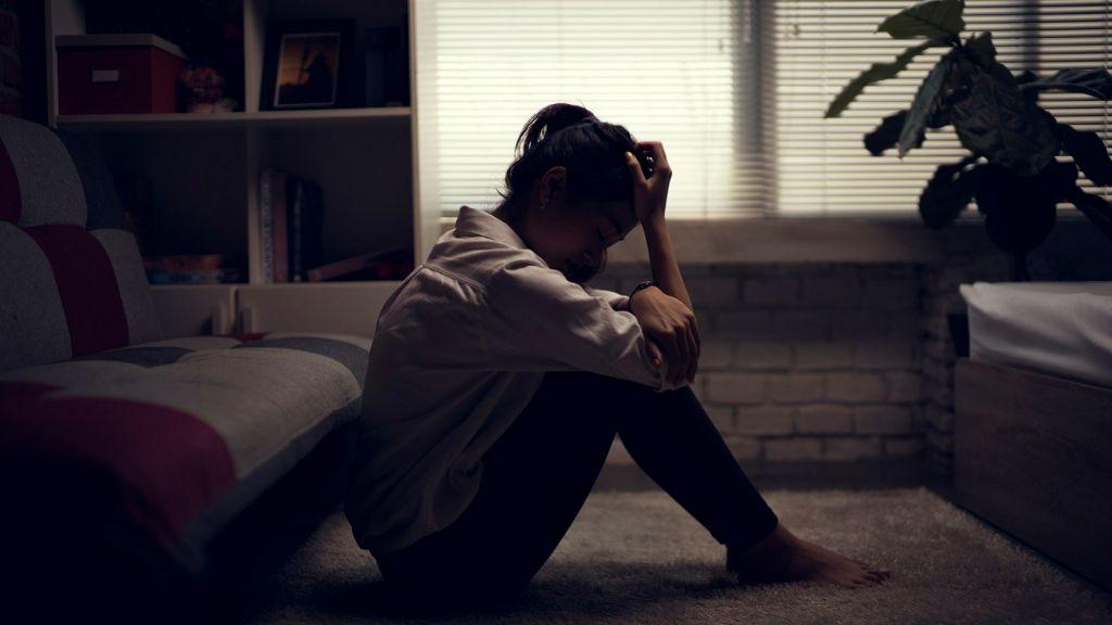 Nguyên nhân gây ra trầm cảm và tác hại của trầm cảm đến sức khoẻ như thế nào?